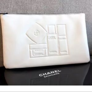 Chanel Beaute,  makeup bag